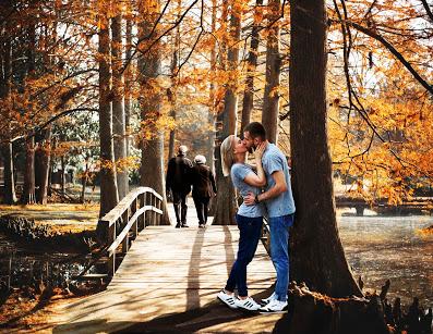 Frau und Mann Liebe. Männer Liebe. Wenn ein Mann eine Frau wirklich liebt. Männer lieben anders. Männer lieben.