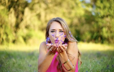 Wie Sie Ihrem Mann Zuneigung zeigen - 10 Gesten als Liebesbeweise